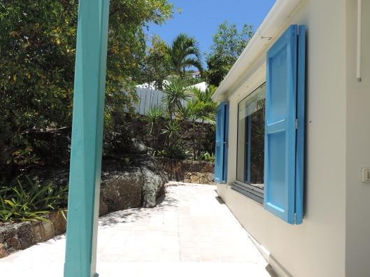 Beautiful Villa Blue Rock