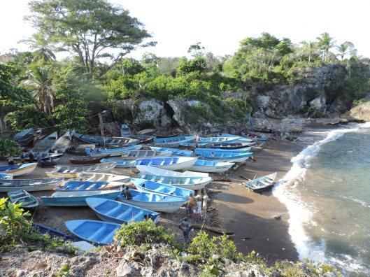 Fishing boats lined up at Boca de Yuma